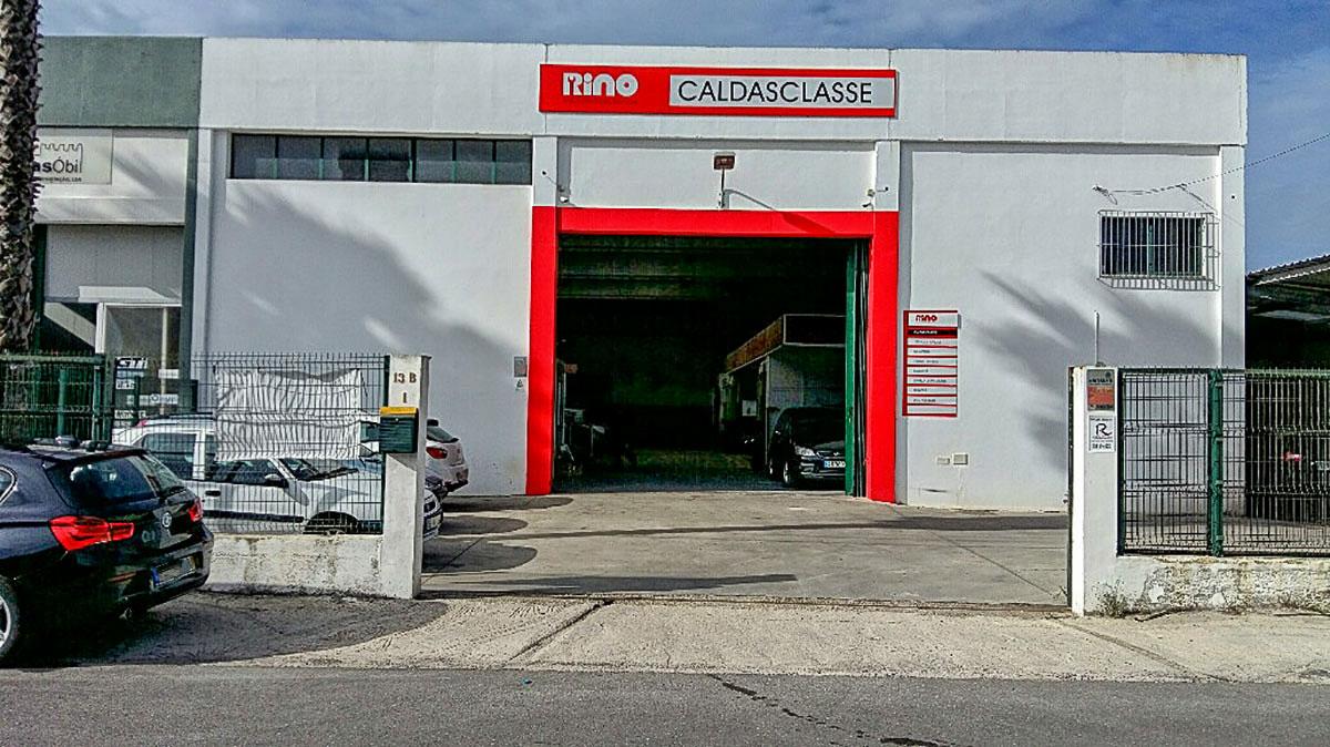 Oficina de Mecânica RINO Caldas Classe - Exterior
